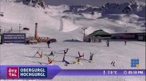 WebBuzz du 10/11/2015: Photobombing d'une station de ski-funny ski  resort  webcam footage