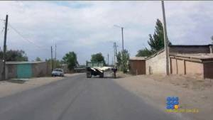 WebBuzz du 29/07/2014: Pourquoi les routes russes sont les plus dangeureuses-That's why russians roads are the most dangerous