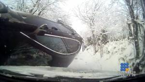 WebBuzz du 06/01/2015: Russie Echec dérapage dans la neige-Russia fail skidding in the snow