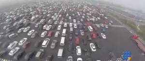 WebBuzz du 08/10/2015: Retour de vacances en chine: le plus long bouchon du monde-Insane traffic jam in China