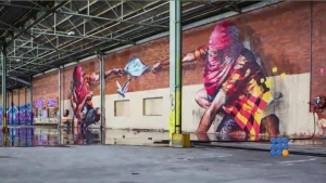 WebBuzz du 15/11/2016: 4 graffeurs, un entrepot désaffecté et un stock illimité de peinture-4 graffiti artists, a disused warehouse and an unlimited stock of paint