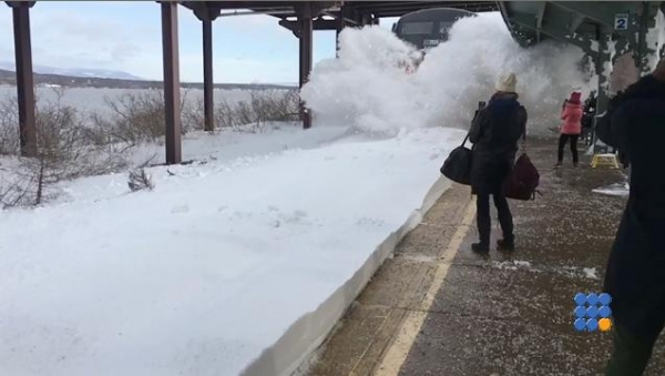 WebBuzz du 16/03/2017: Comment prendre le train après une tempête de neige-Howto take the train after a snowstorm