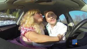 WebBuzz du 14/04/2015: 3 russes dans une voiture-three russians in a car