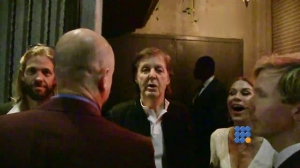 WebBuzz du 17/02/2016: Paul McCartney refusé à la soirée des Grammy Awards-Paul McCartney DENIED at Grammy awards Party