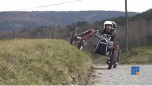 WebBuzz du 27/10/2015: La swincar le tout terrain pendulaire-Swincar the pendulum off road