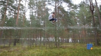 WebBuzz du 03/11/2017: Slacker dans la forêt-slackline in the forest