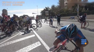 WebBuzz du 10/02/2016: Une étape cycliste espagnole annulée à cause du vent-A Spanish cycling race canceled due to the wind